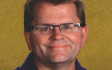 Dan Wold Headshot